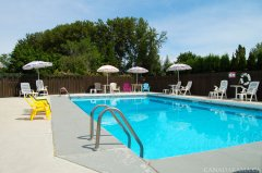 Rosedale Motel Pool